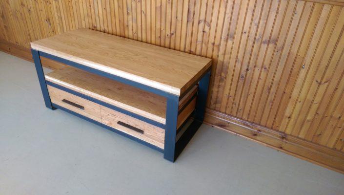 Meuble tv bois métal ou table basse de style industriel fabriqué sur mesure par L'Ébénisterie de Lanaudière