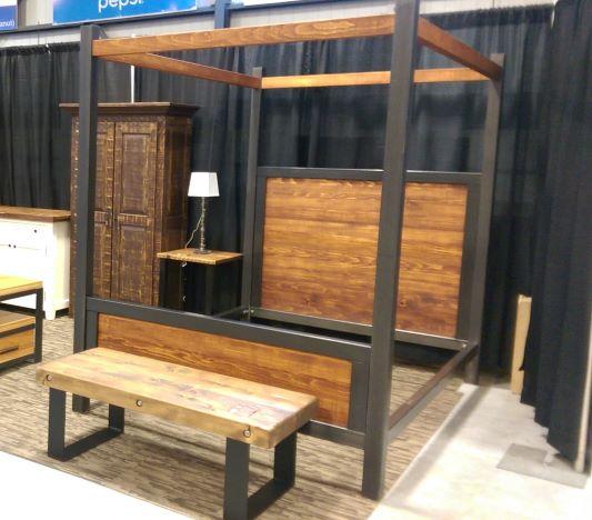 Lit baldaquin industriel bois métal sur mesure